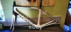 Focus Izalco Donna Full Carbon Frame And Forks wsd women's woman specific ladies