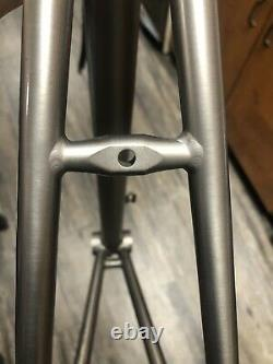 LITESPEED CLASSIC Titanium Frame 54cm With Carbon Fork In Excellent Condition